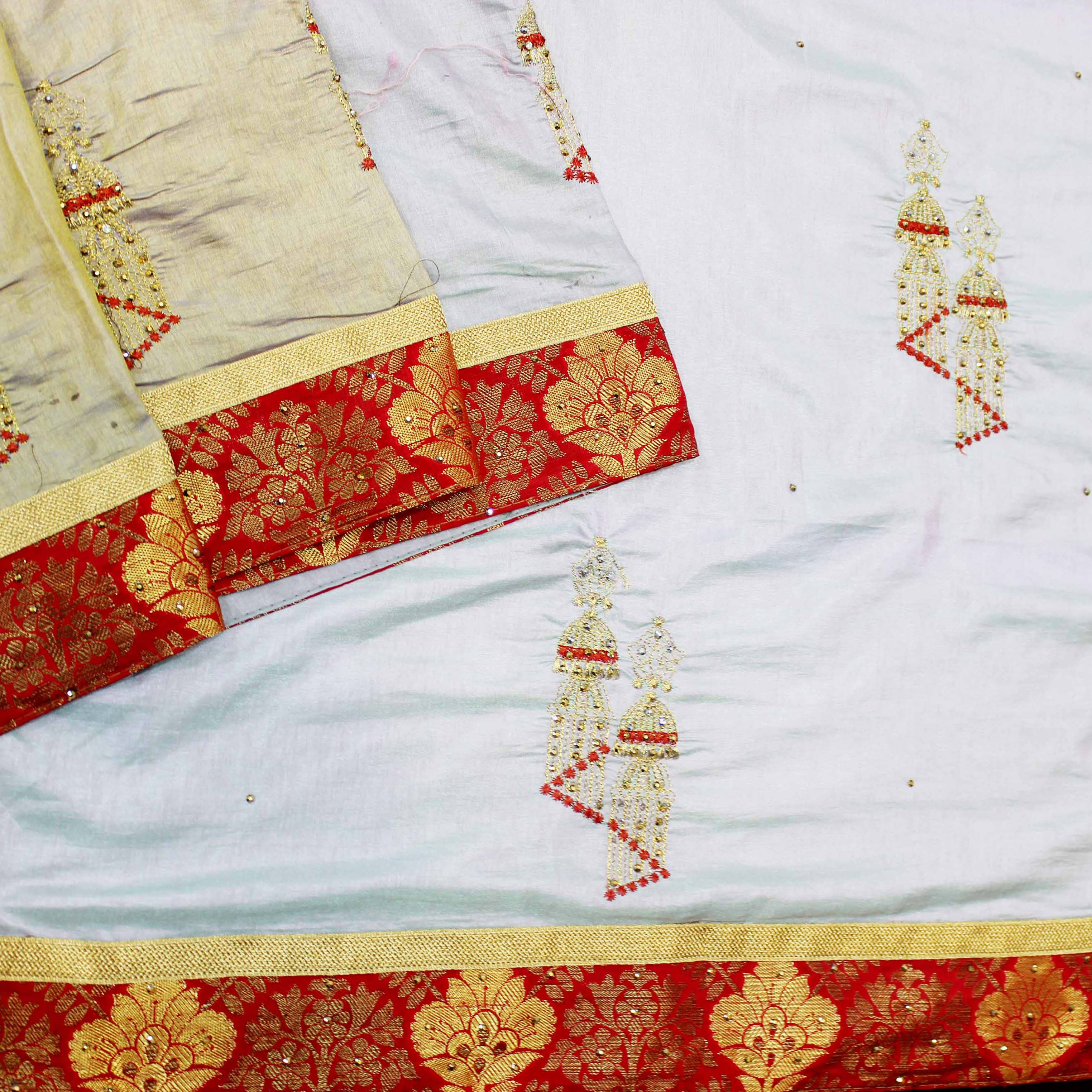 Mixture of White And Red Fancy Silk.